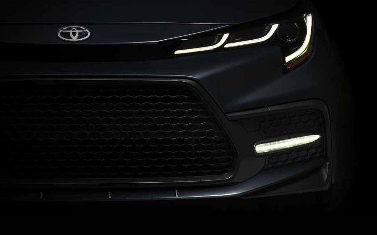 Новый седан Toyota Corolla: первое фото идата премьеры— фото 922099