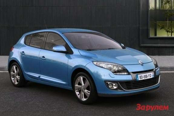 Renault Megane side-front view