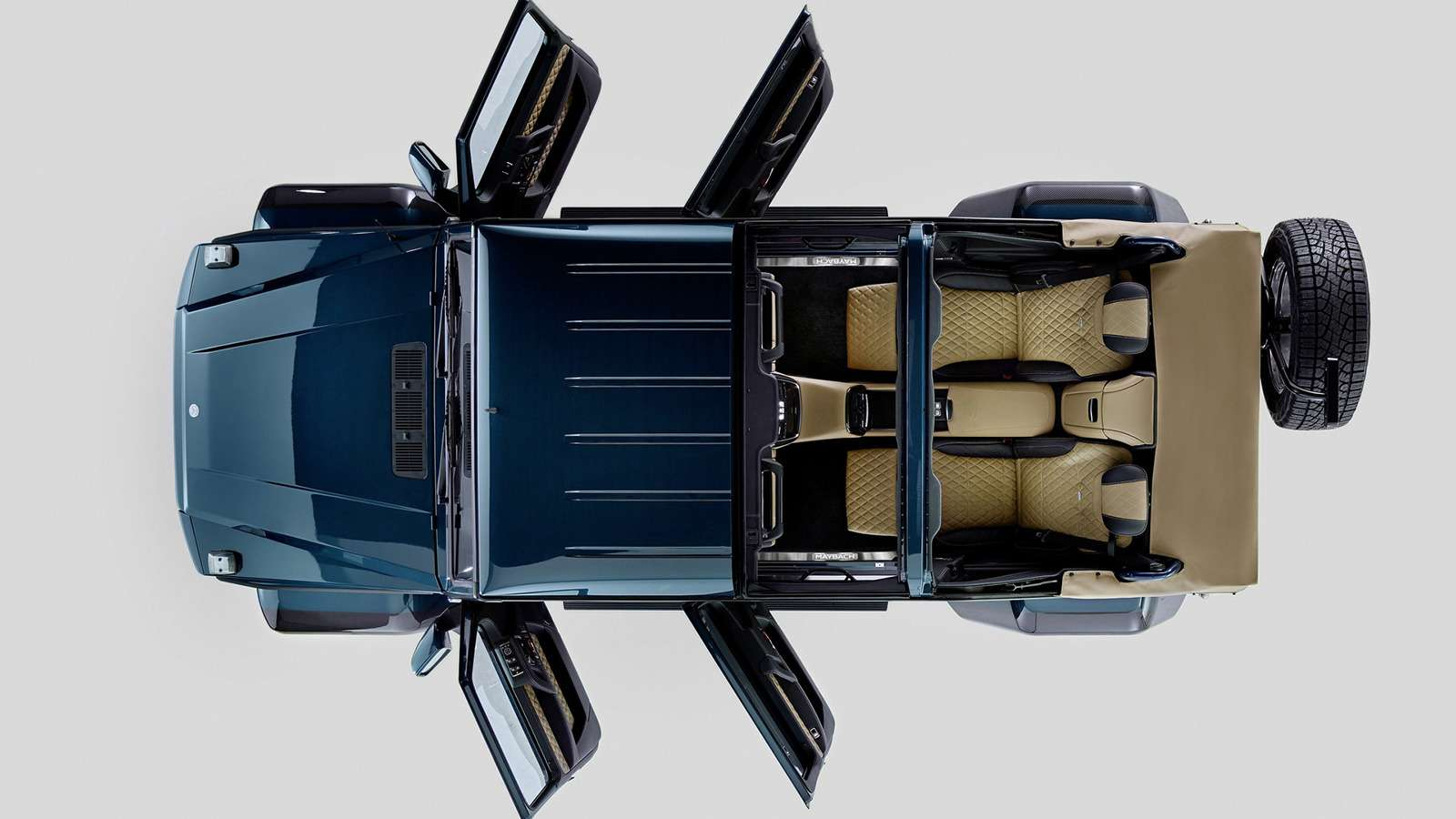 Внедорожник Maybach продали за1,2 миллиона евро. Икупил его нешейх!— фото 803352