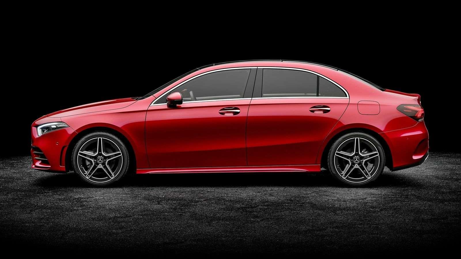 Mercedes-Benz A-класса растянули доразмеров Камри!— фото 865715