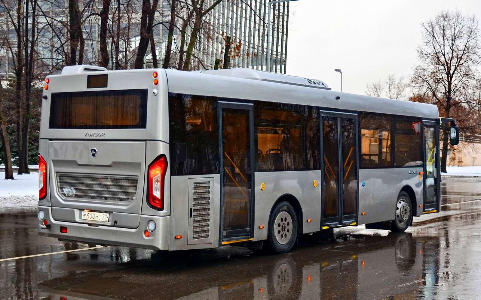 Низкопольные автобусы ЛиАЗ: легким шагом— фото 736758
