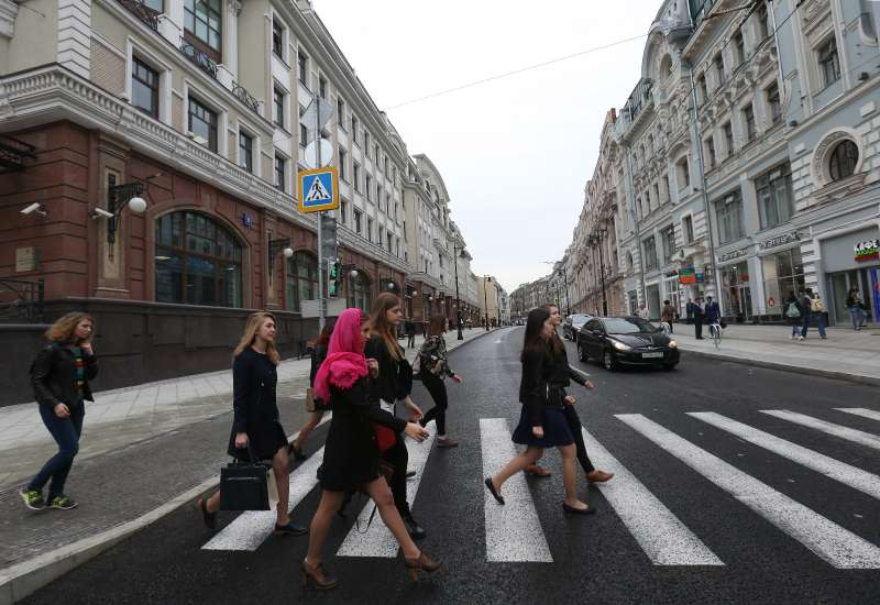 Moscow Mayor Sobyanin opens Myasnitskaya Street after renovation