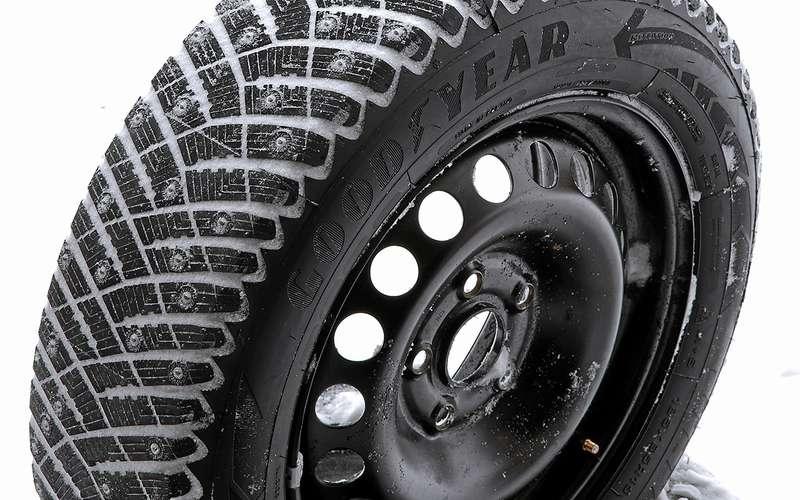 Шипованные шины 185/65R15для бюджетных автомобилей— тест «Зарулем»