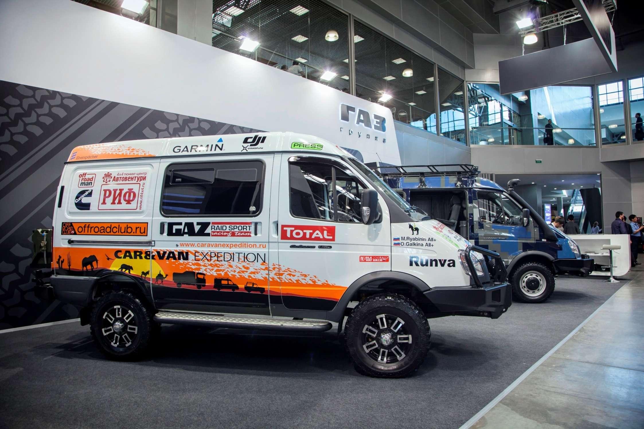 Как«шелковые»: ГАЗ представил новые версии внедорожников Соболь— фото 787476