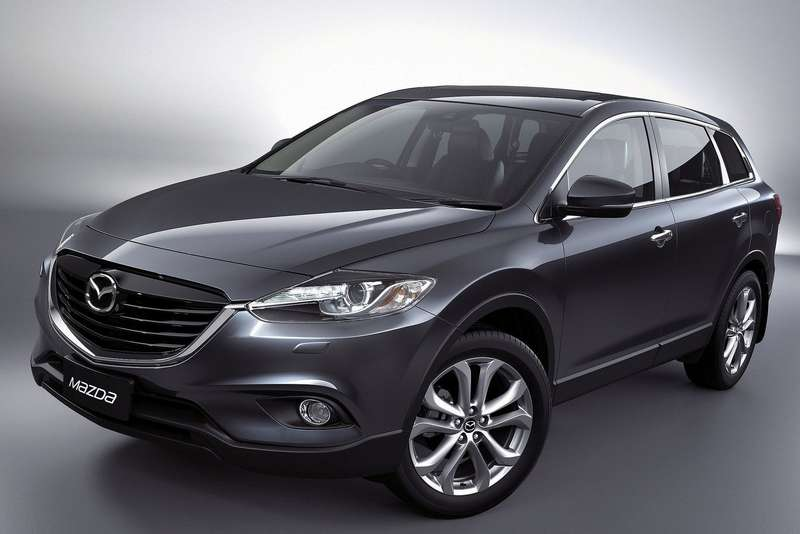 Mazda CX-9 side-front view 2_no_copyright