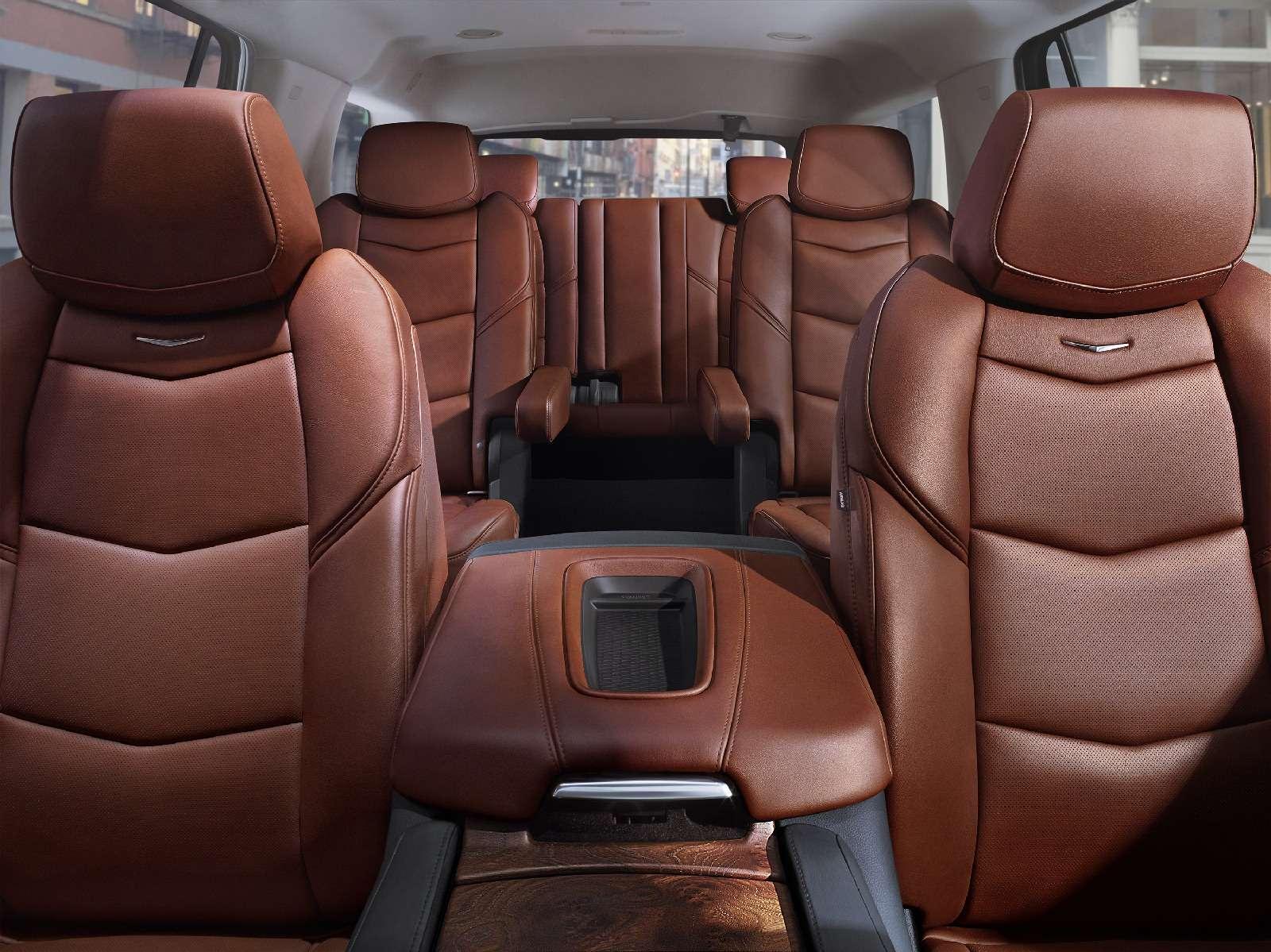 Cadillac привез вРоссию недообновленный Escalade— фото 840833