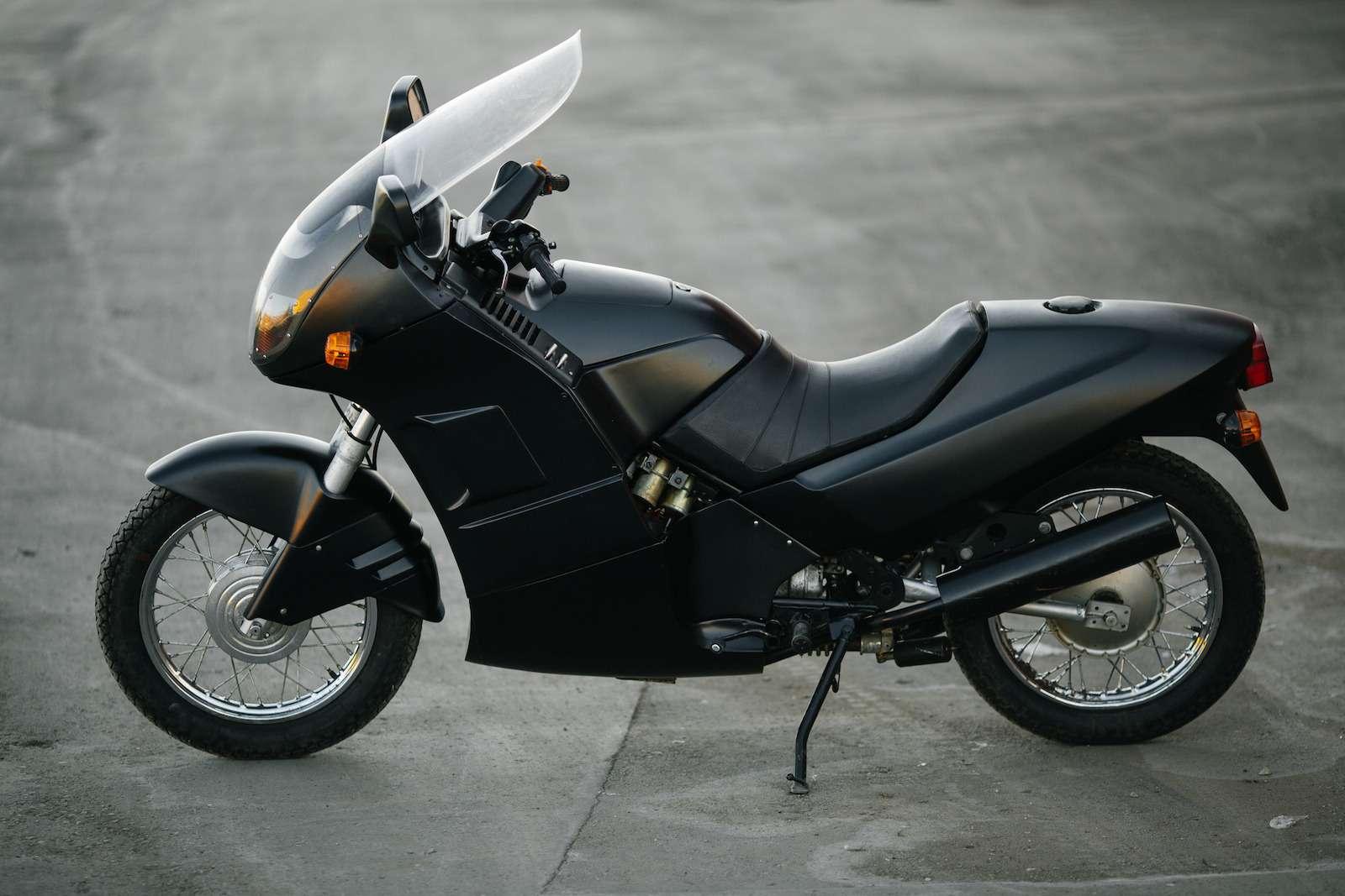 Первый советский мотоцикл сроторным двигателем: пуля сВАЗа!— фото 914946