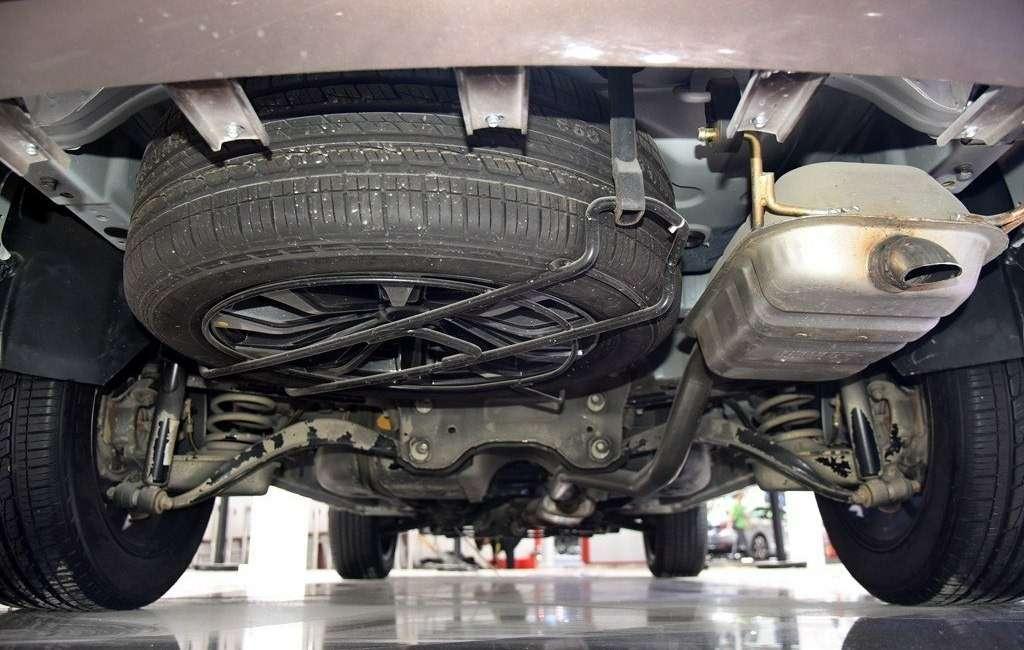 Нетот Santa Fe: представлен кроссовер набазе старого Hyundai— фото 787704