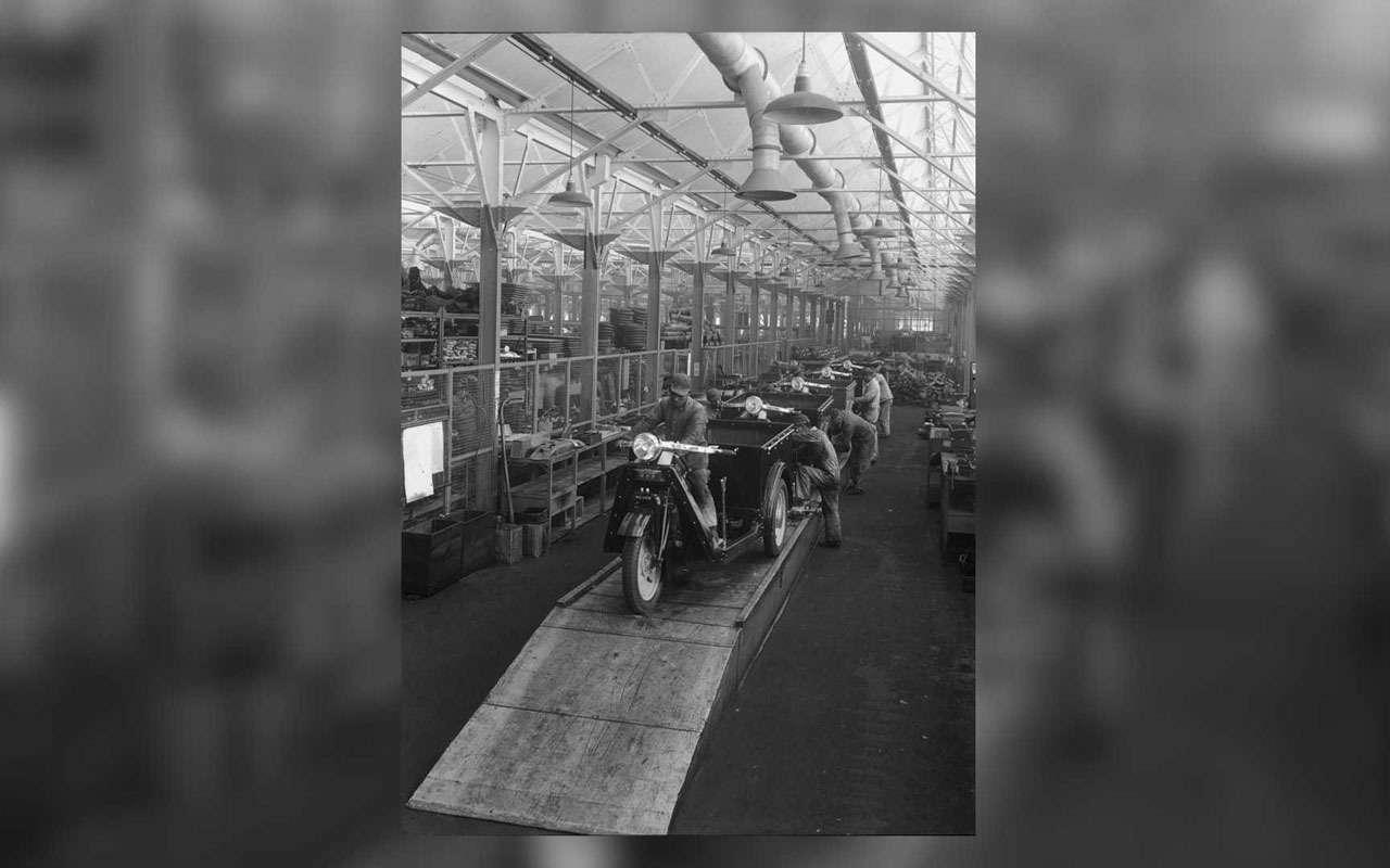 Короткий тест поавтоистории: что было первой моделью Mazda?— фото 1075979