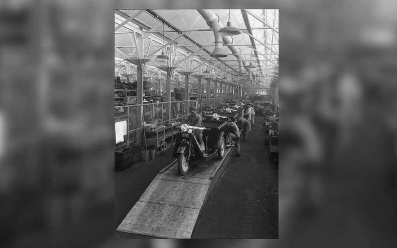 Короткий тест поавтоистории: что было первой моделью Mazda?