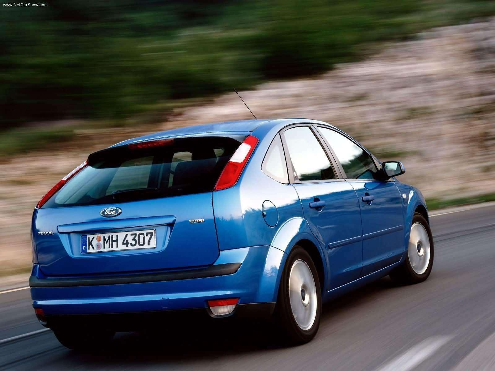 Ford-Focus_TDCi_5door_European_Version_2004_1600x1200_wallpaper_0d