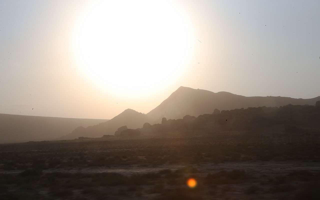 Автопробег «Зарулем»: Город ветров изаповедник Гобустан— фото 909898