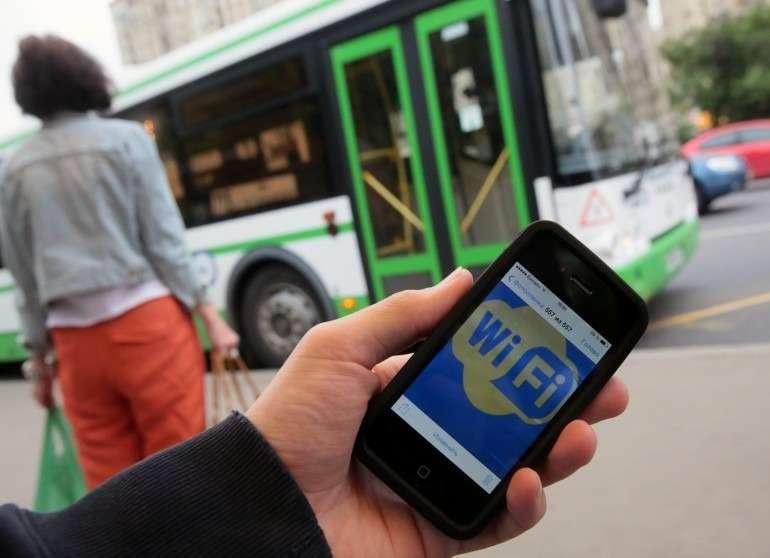 Новый СМС-сервис напомнит водителям опунктах ПДД