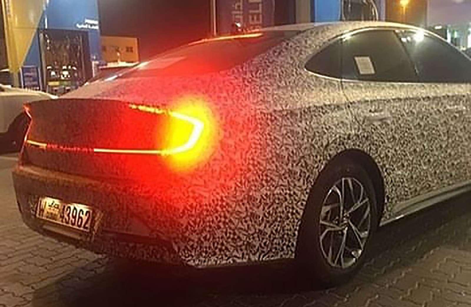 Новая Hyundai Sonata: первые фото— фото 943203