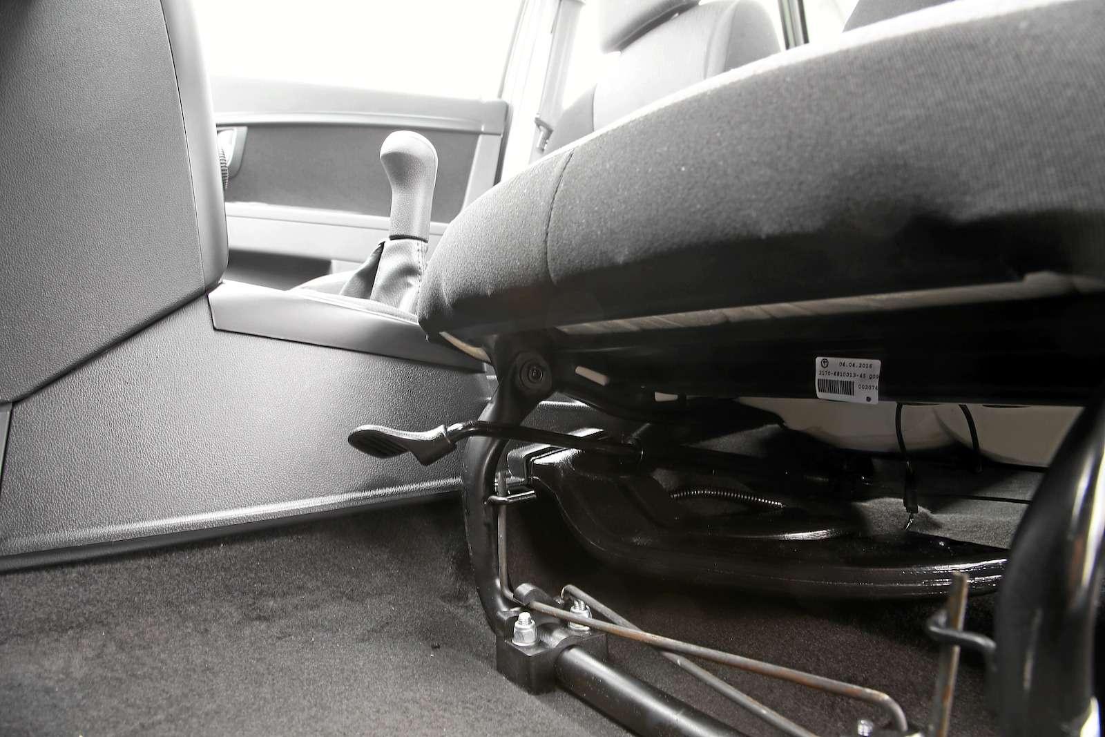 Лада Приора Стандарт: что потерял седан сдоступным ценником— фото 593409