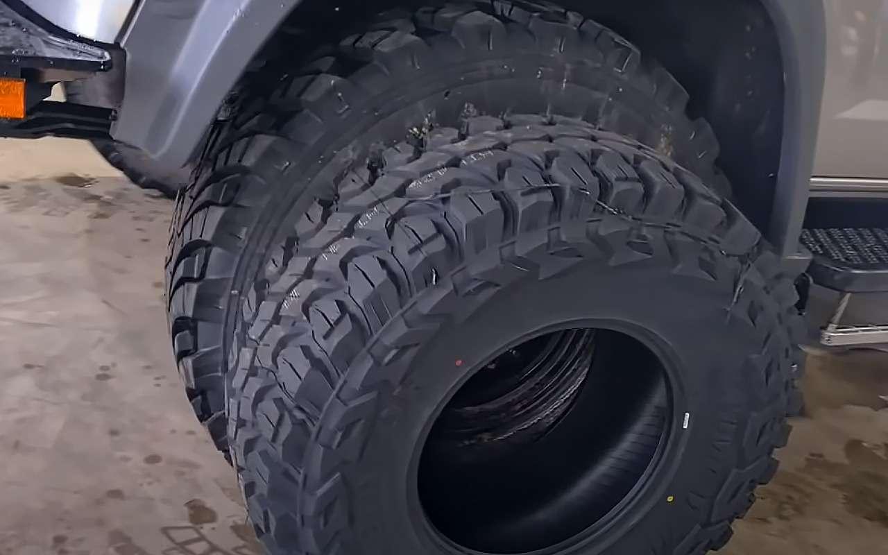 Австралиец оГАЗ Садко: Самые большие шины наматерике иниша дляводки— фото 1248342