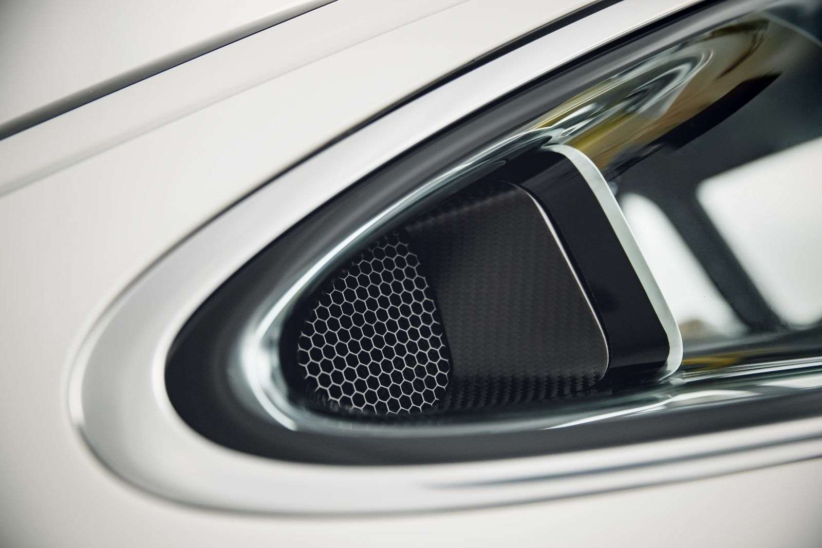 Singer DLS: классический Porsche нановый лад— фото 886676