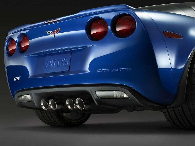 Chevrolet Corvette ZR-1на трассе Нюрбургринга: 7:26.4на круг— фото 348836