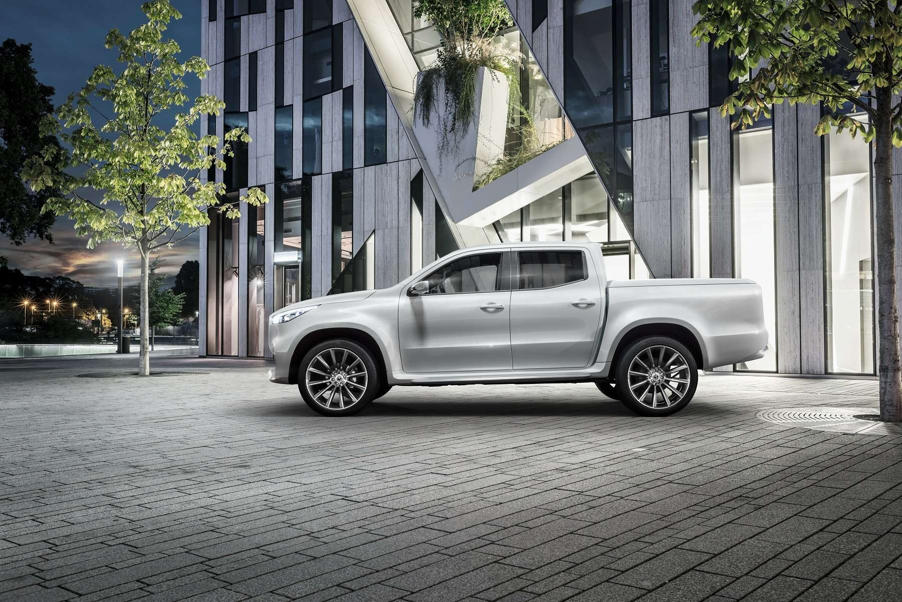 Дело чести: Mercedes-Benz представил пикапы X-класса— фото 654284