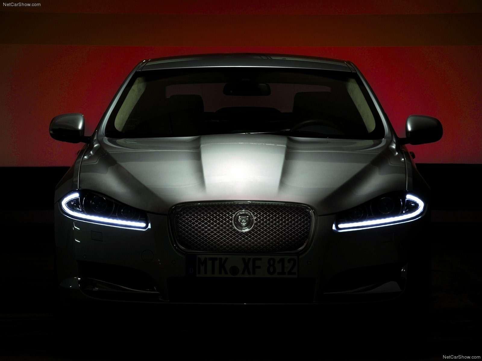 Jaguar-XF_2012_1600x1200_wallpaper_2b