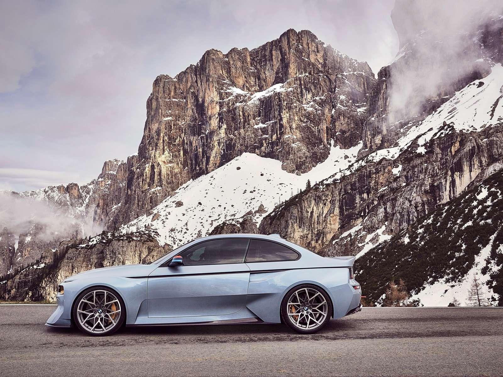 Иллюзия легенды: BMW поупражнялась натему 2002 turbo— фото 590507