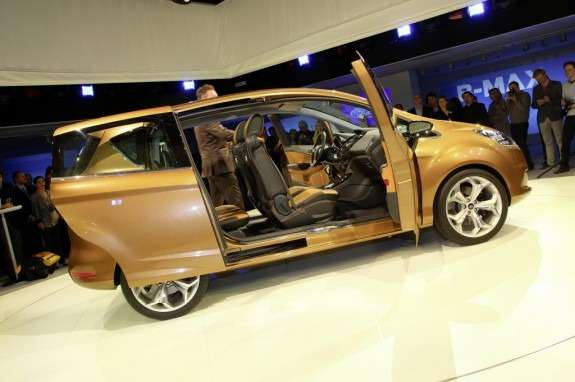 Ford-B-MAX_Concept_2011_02_no_copyright