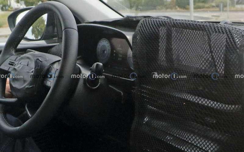 Новый кроссовер Hyundai натестах: подробности