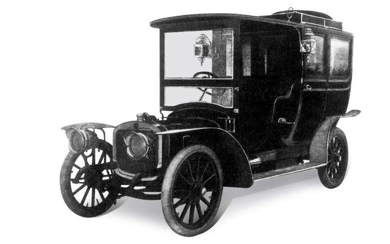 Первый серийный российский автомобиль: история Руссо-Балта