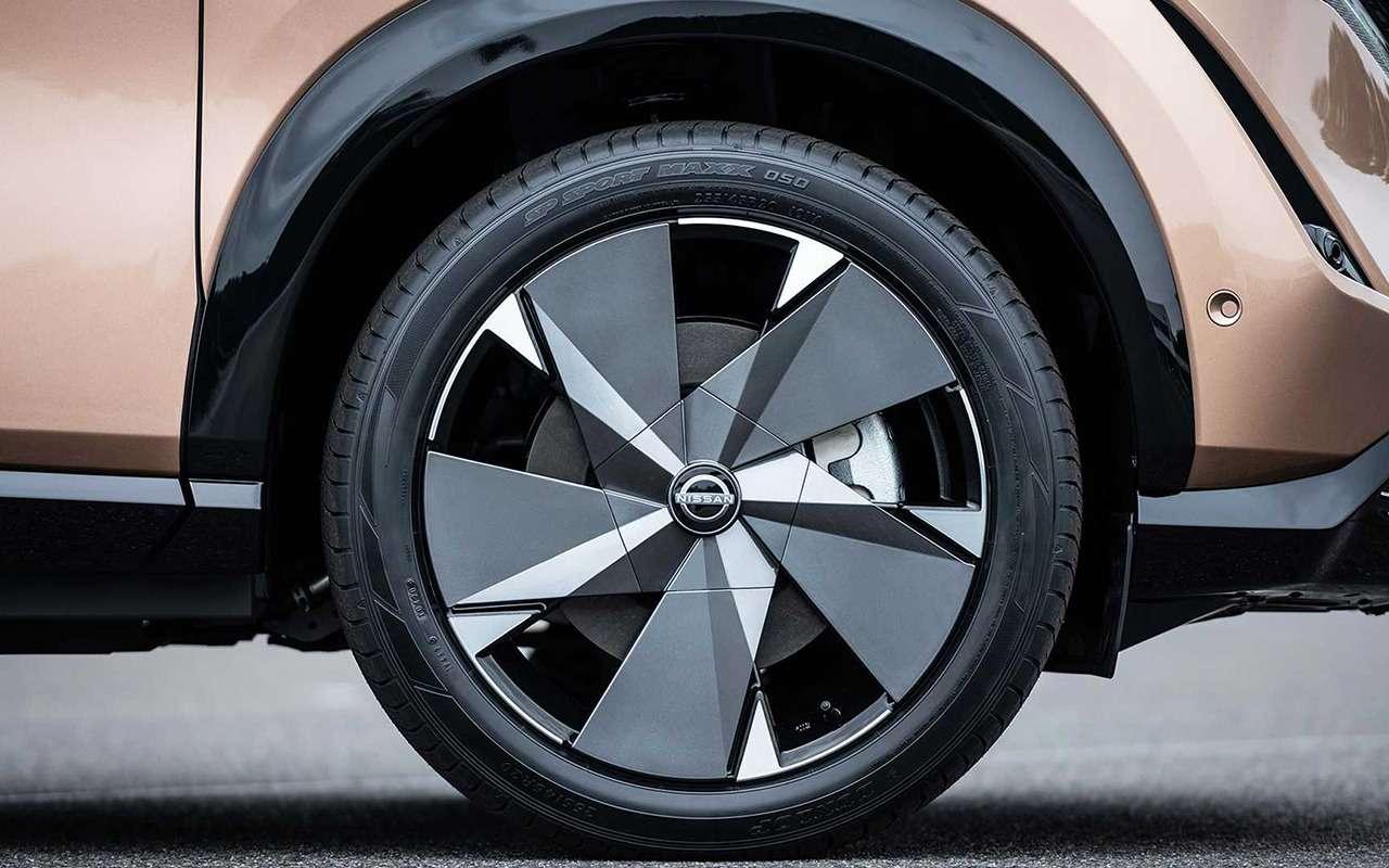 Nissan Ariya— мировая премьера новой надежды бренда— фото 1145156