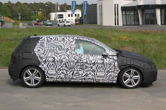 Volkswagen Golf GTI test prototype side view