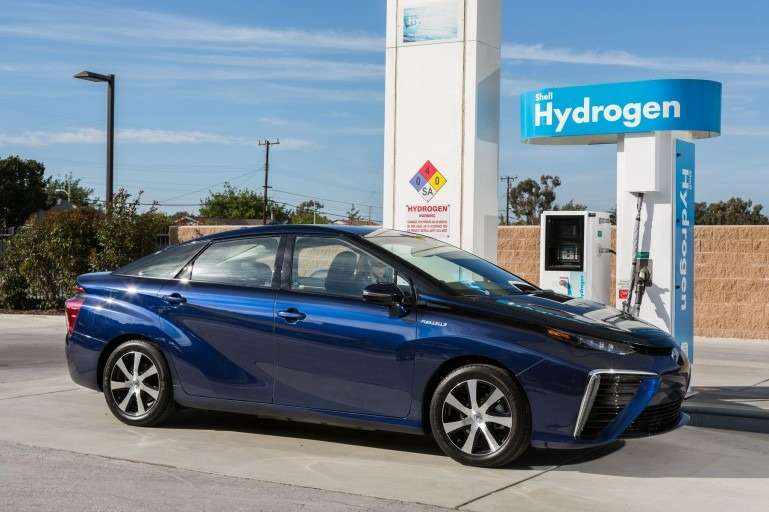 Toyota сомневается вперспективе электромобилей