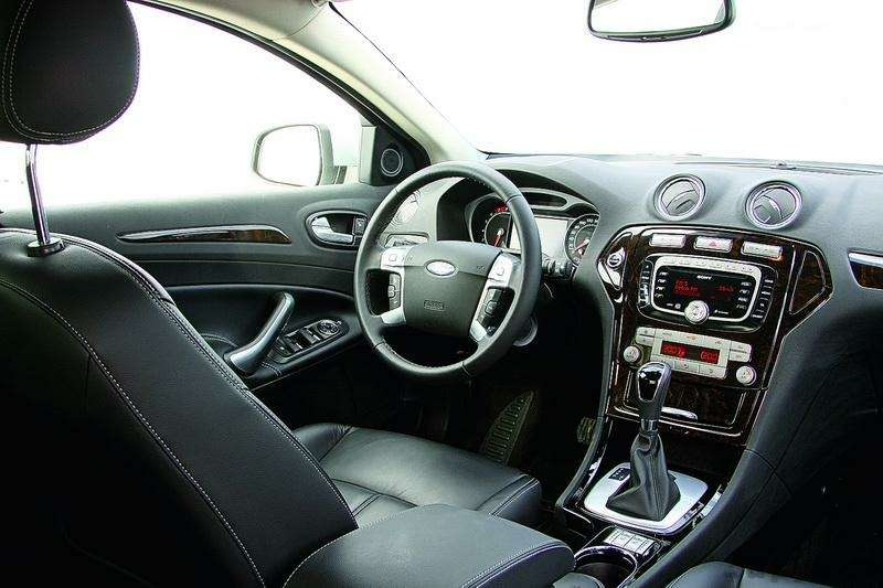 Ford Mondeo, Toyota Avensis, Volkswagen Passat: Под знаком качества— фото 93540