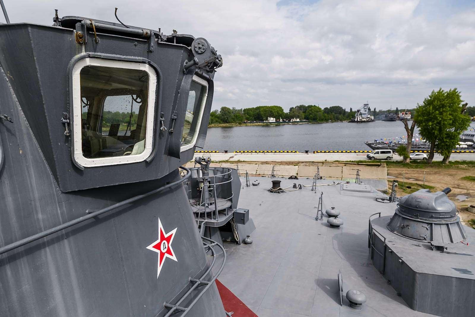Малый десантный корабль Зубр: самый большой навоздушной подушке— фото 612061