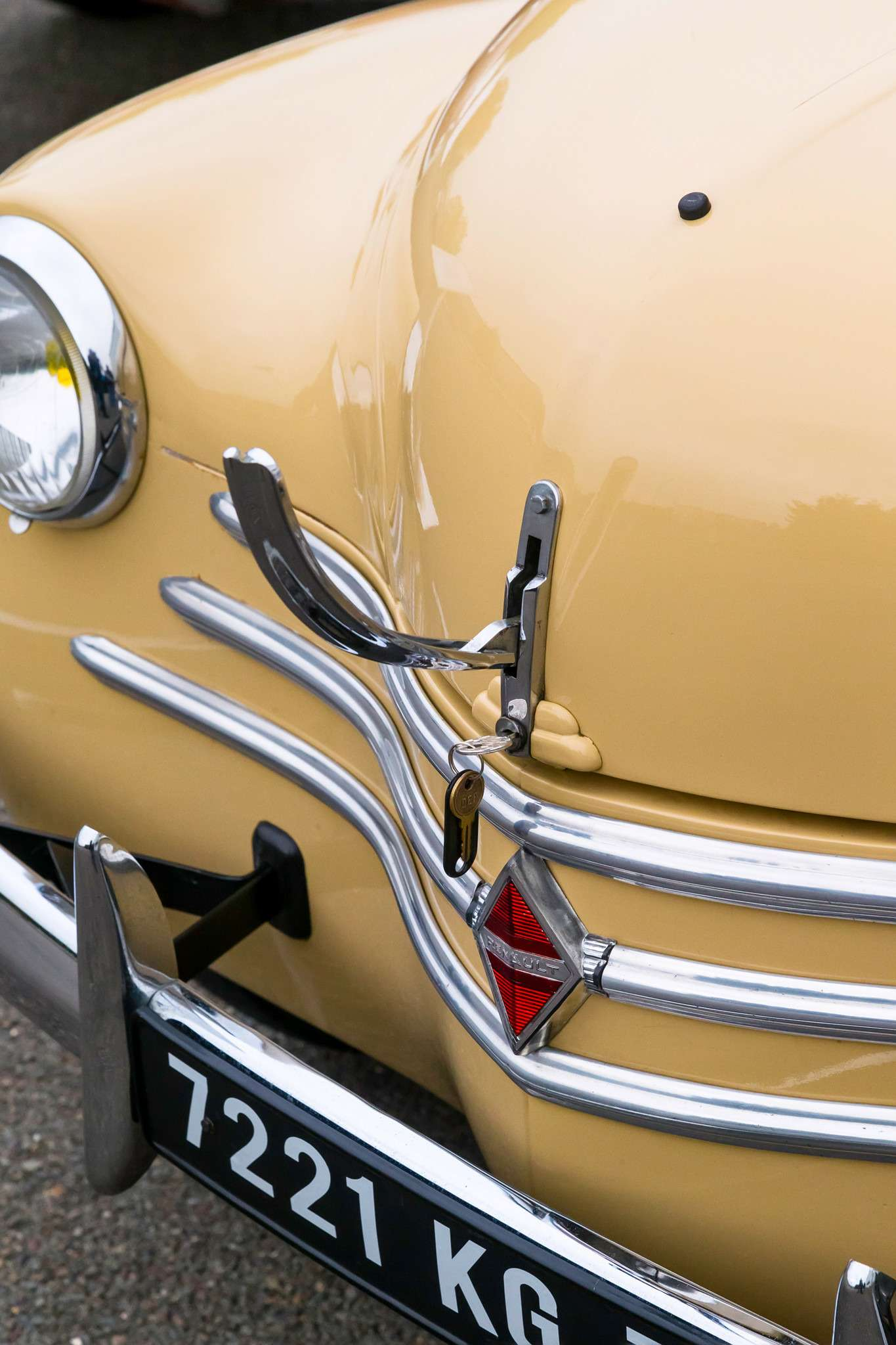 08-Renault-old_zr-01_16