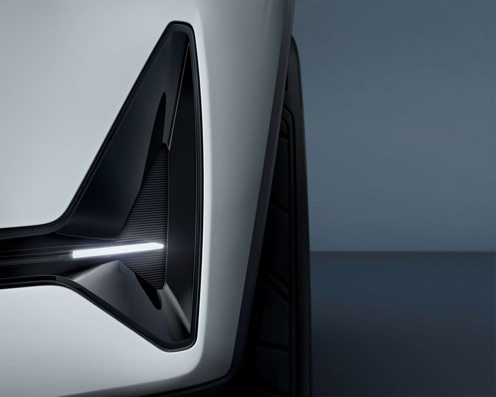 Двараза по40: Volvo анонсировала новое семейство концептуальным дублем— фото 588964