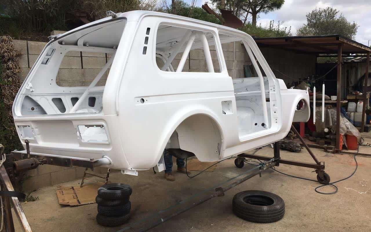 Европейцы намерены покорить «Дакар» на стареньких Lada Niva