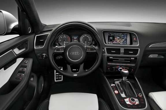 Audi SQ5TDI inside