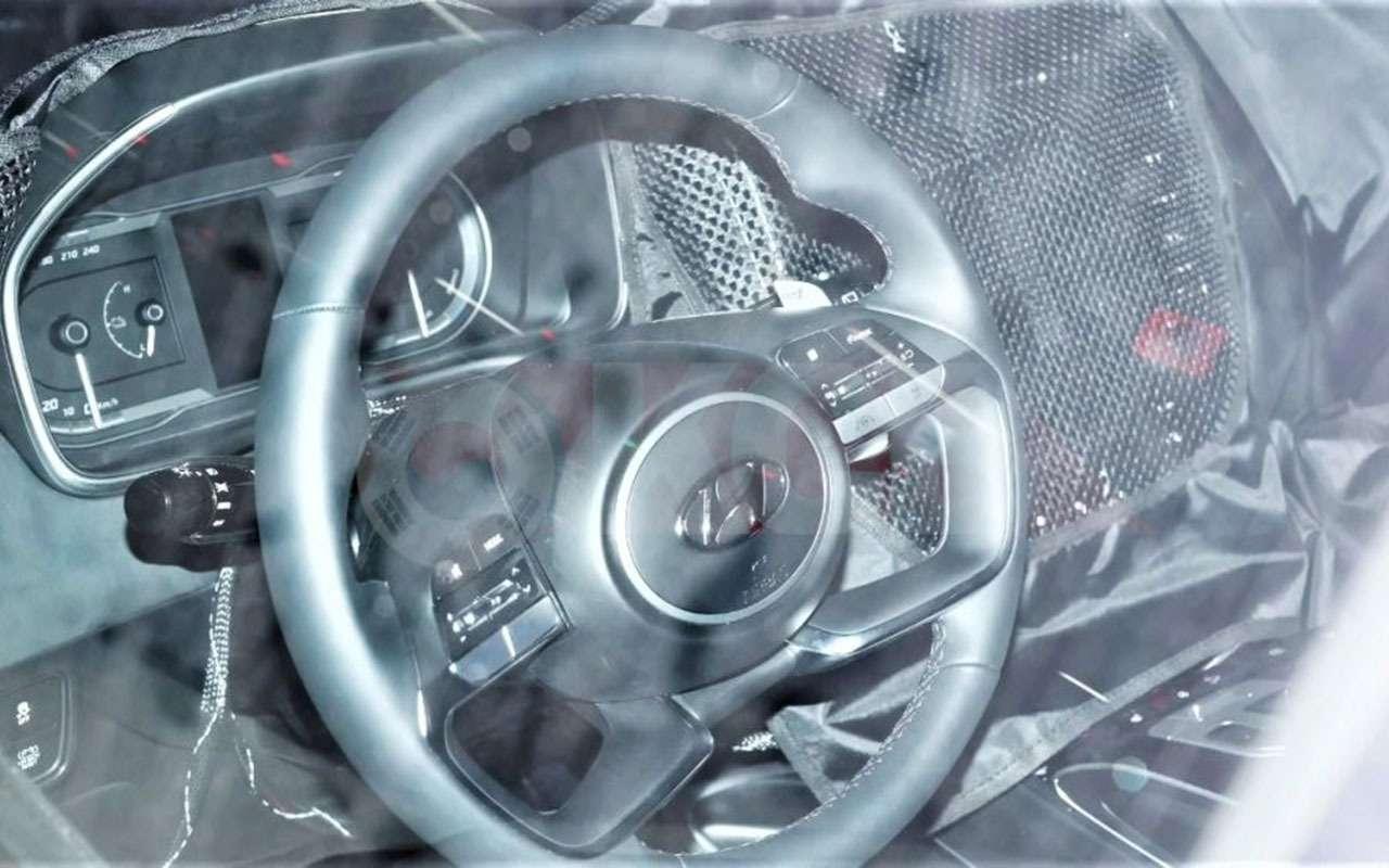 Новый Hyundai Tucson: шпионские фото салона— фото 1103390