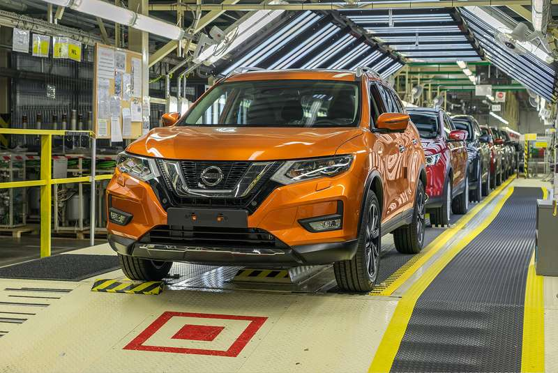 Озвучены сроки старта выпуска Nissan Qashqai и Nissan X-Trail в России