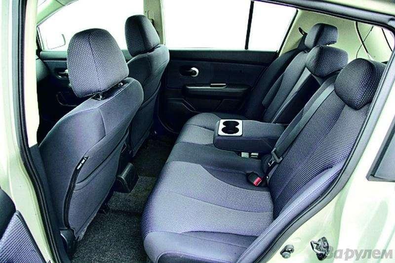 Toyota Auris, Mitsubishi Lancer, Nissan Tiida, Citroen C4: Имею желание…— фото 92620