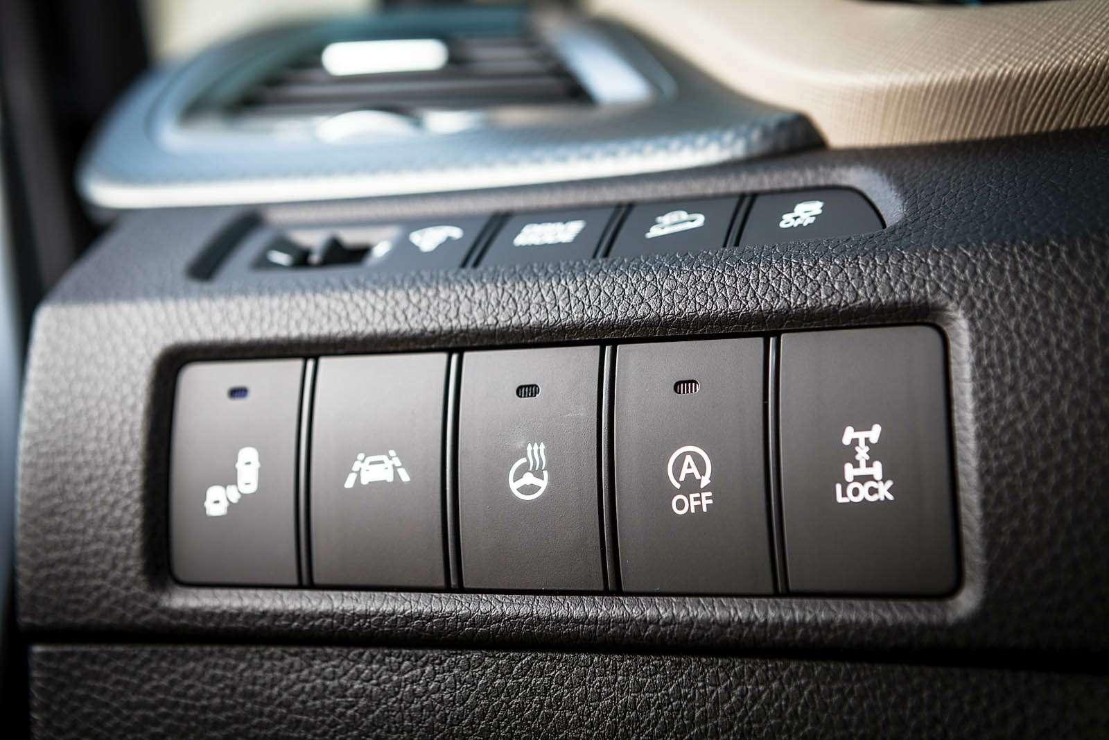 Обновленный Hyundai Grand Santa Fe: первый российский тест-драйв— фото 593796