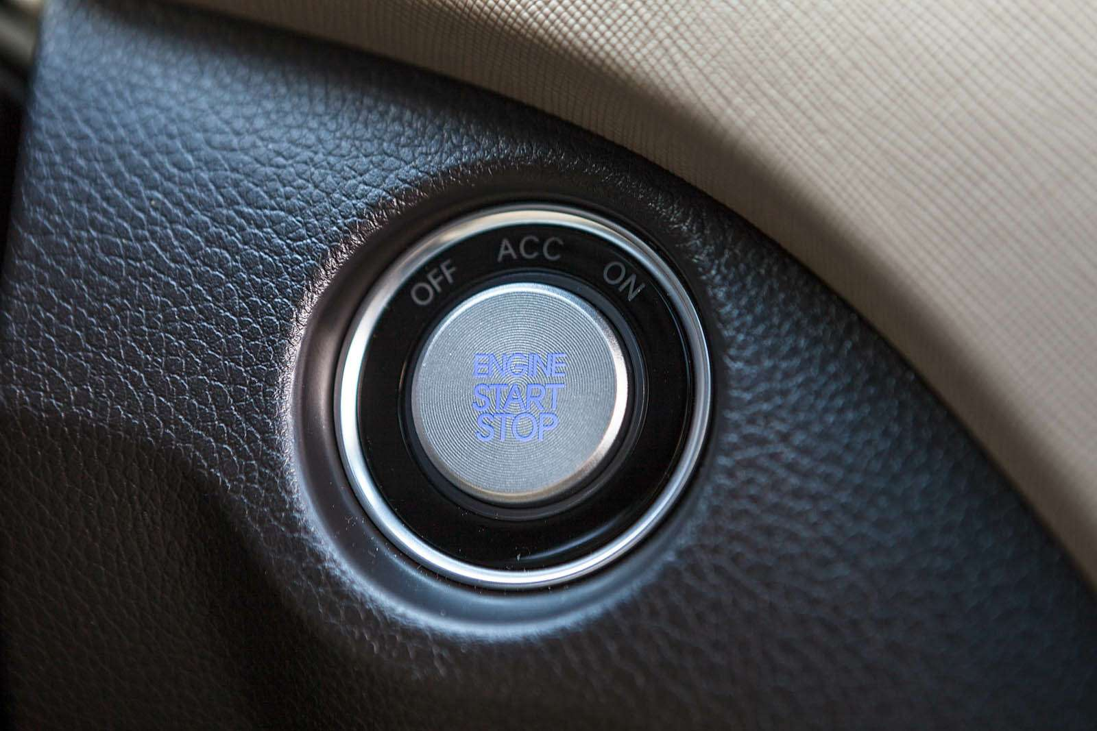 Обновленный Hyundai Grand Santa Fe: первый российский тест-драйв— фото 593818