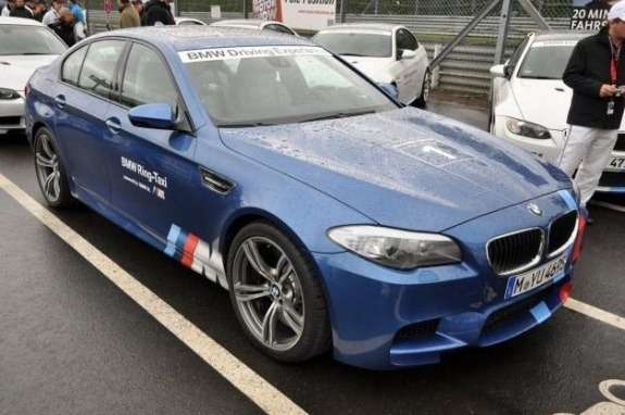BMW M5 Ring taxi front view