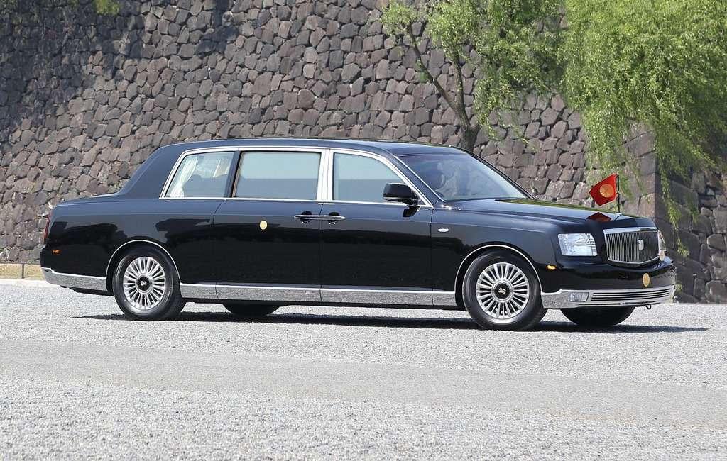 Императорская Toyota— 50лет эволюции— фото 801886