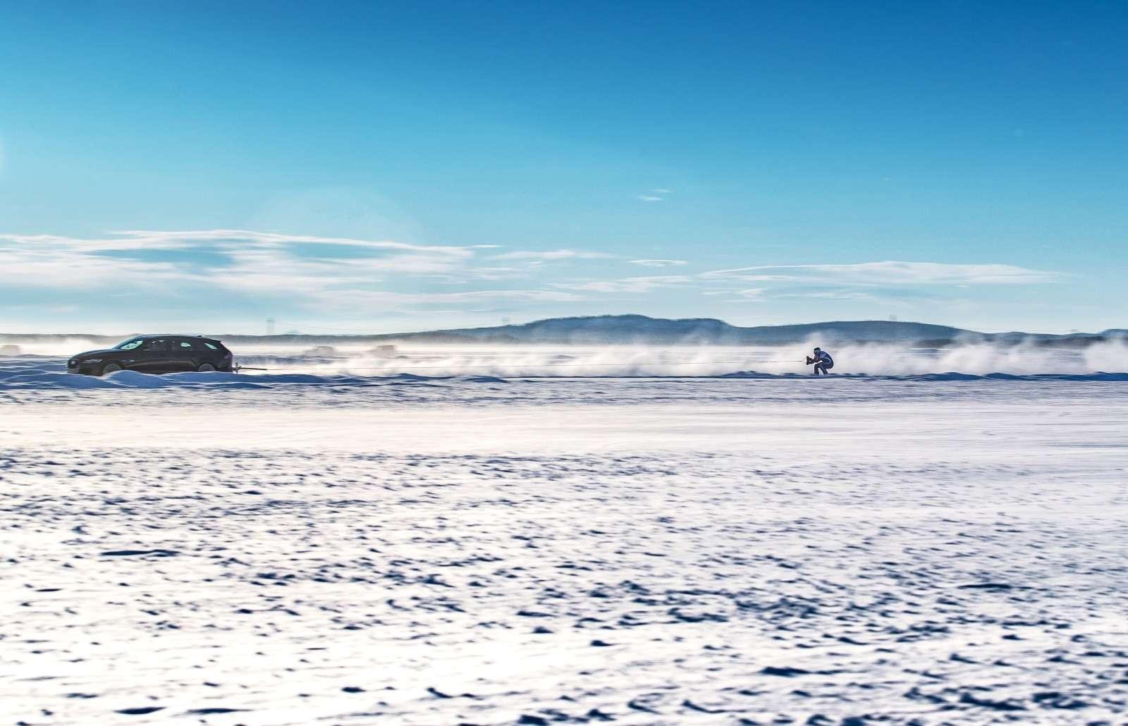 Jaguar установил мировой рекорд... поразгону лыжника— фото 801091