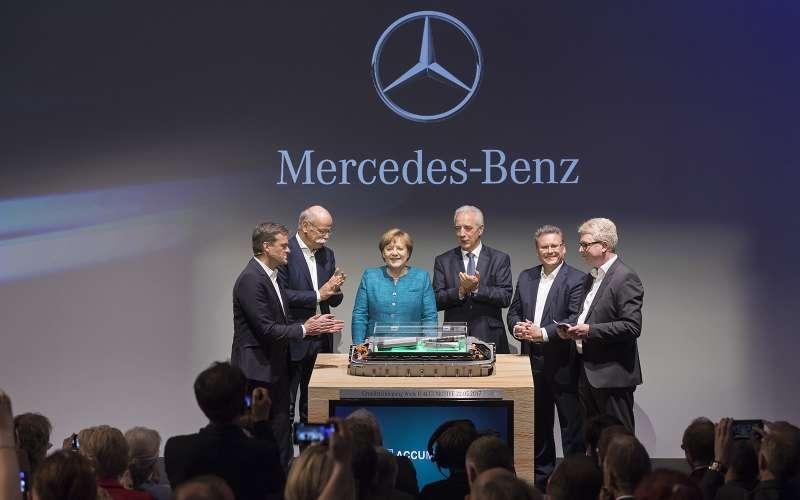 Daimler отныне немножко китайский: владелец Geely стал его крупнейшим акционером