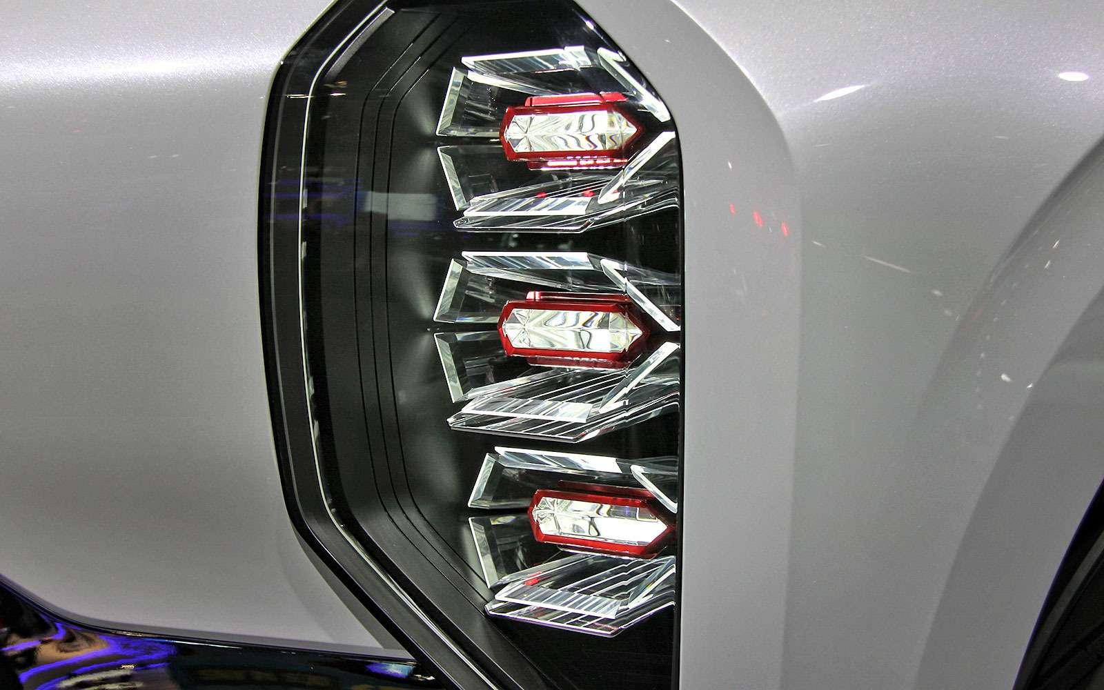 Метеозависимый: Mitsubishi рассказала оталантах вседорожника GT-PHEV— фото 641476