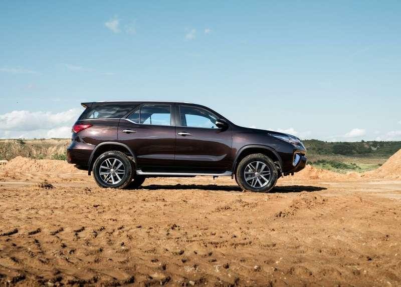 Toyota начнет продажи нового внедорожника вРоссии