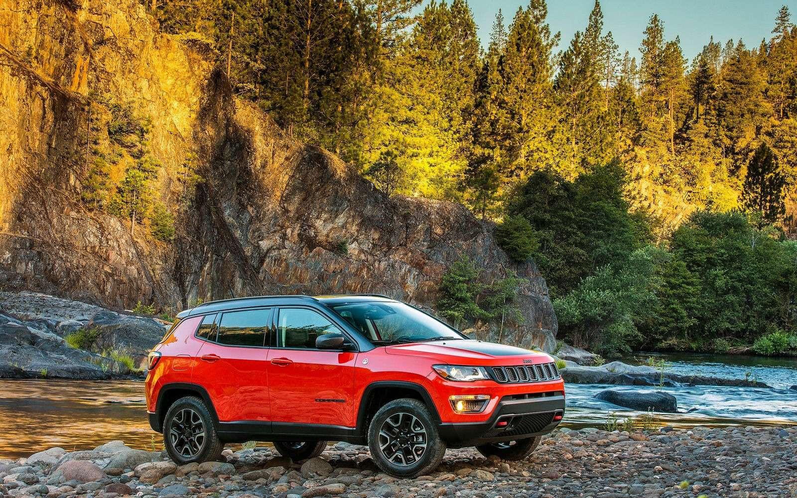 Jeep привезет новый Compass вРоссию. Известны двигатели— фото 803944