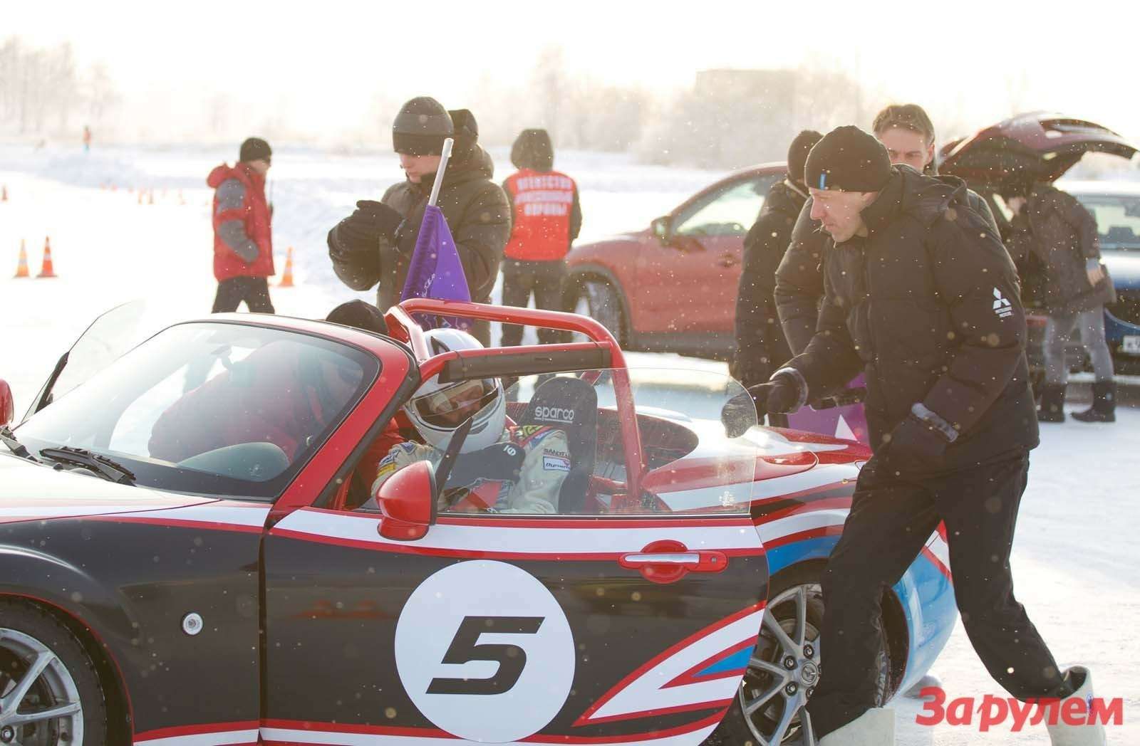 Mazda MX 5 Ice Race 2013      154
